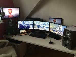 Chambre De Gamer Pc by Mon Univers De Jeu Setup Gaming Gaming Room Ma