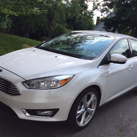 Is A Ford Focus A Compact Car by Review 2015 Ford Focus A Compact Economy Car That Doesn