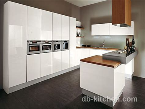 Kitchen Cabinets For Small Condo High Gloss Lacquer White Customize Kitchen Cabinet Modern Style Factory Supply
