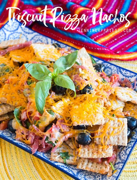 Triscuit Pizza Nachos - Ultimate Summer Snack ⋆ Smart Fun DIY