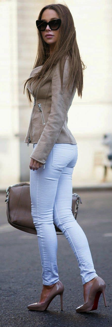 25+ best ideas about White skinny jeans on Pinterest | Jean shirt outfits Light blue jeans ...