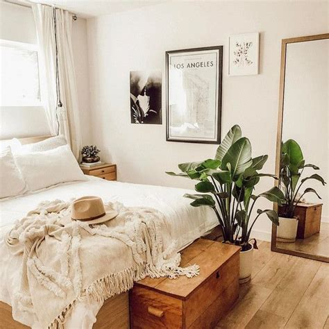 Best 25+ Neutral Bedrooms Ideas On Pinterest  Chic Master