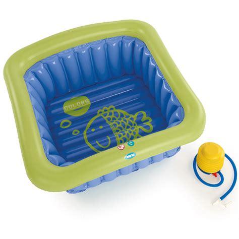 baignoire de voyage bebe baignoire universelle de 0 3 ans bleu de baignoires aubert