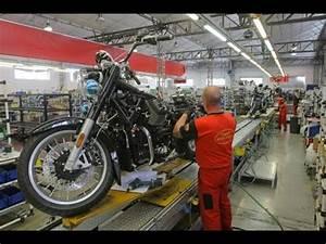 Mandello Del Lario : visite de l 39 usine moto guzzi mandello del lario youtube ~ Medecine-chirurgie-esthetiques.com Avis de Voitures