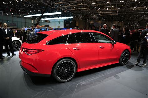 mercedes cla shooting brake   grand toujours