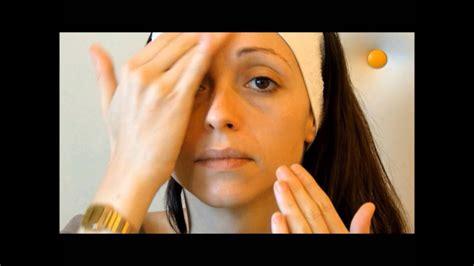 trattamento viso illuminante pulizia viso e trattamento illuminante viso