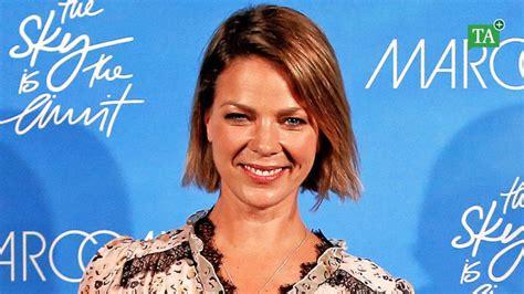 """She is an actress, known for romy (2009), nichts bereuen (2001) and buddenbrooks (2008). """"Biohackers"""": Was Jessica Schwarz an der Netflix-Serie fasziniert   Vermischtes   Thüringer ..."""