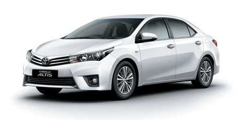 Toyota Corolla Altis Photo by Toyota Corolla Altis Gets Benefit Of Up To Rs 40 000