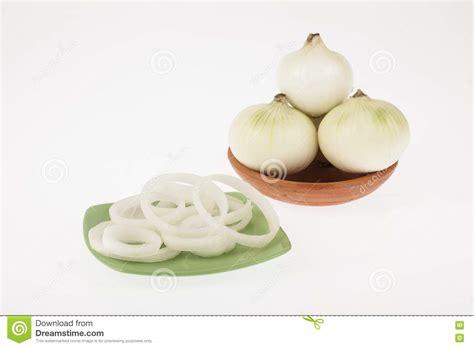 oignon blanc cuisine oignon blanc coupé en tranches photo stock image 76218654
