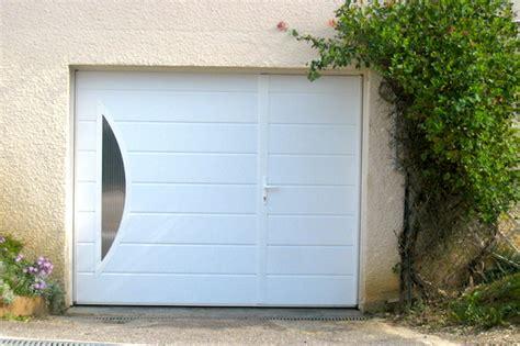 Porte De Garage Sectionnelle Avec Chatiere Porte Pvc