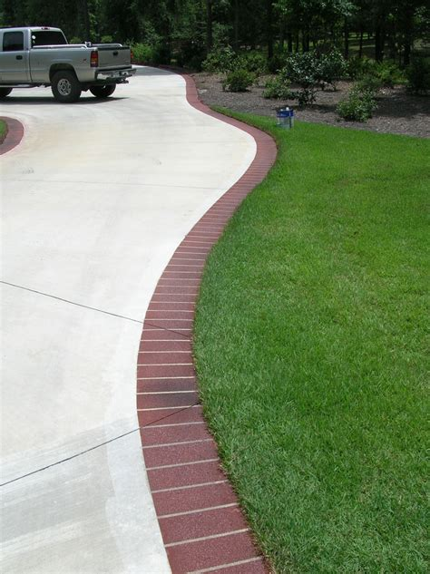 driveway edging materials 144 best images about driveway entries on pinterest entrance long driveways and traditional