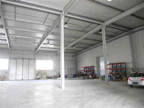 capannoni affitto firenze capannoni industriali a signa in vendita e affitto