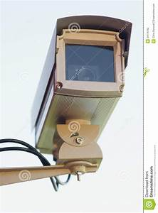 Enclosed Professional Security System Video Camera Mounted
