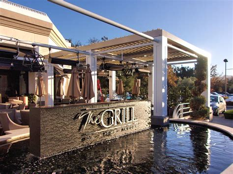 restaurant awnings  covers superior awning