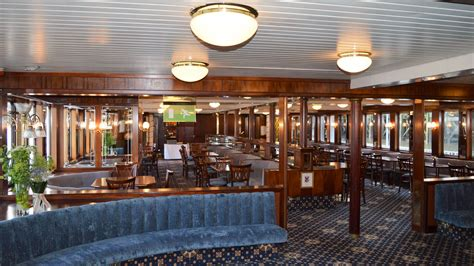 dixie queen paddle steamer london boat hire fleet