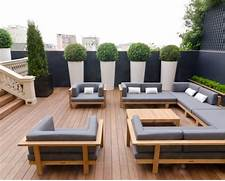 Deco Ext Rieure Les Erreurs Ne Pas Commettre Sur Votre Terrasse Even A Tiny Terrace Could Provide A Number Of Inviting Spaces For Raising Your Containers To Offer Privacy To Your Porch Or Deck Patio Cover Roof Design Ideas YARD Pinterest