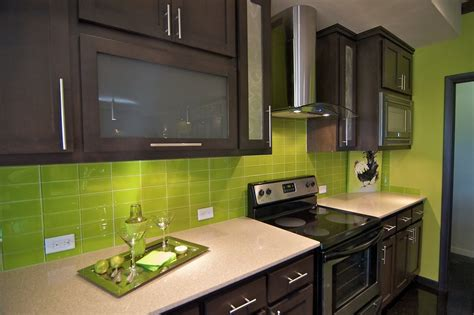 apple green kitchen tiles bright green glass subway tile in lemongrass modwalls 4162