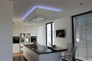 Küche Indirekte Beleuchtung : krumm trockenbau wir setzen ideen um ~ Bigdaddyawards.com Haus und Dekorationen