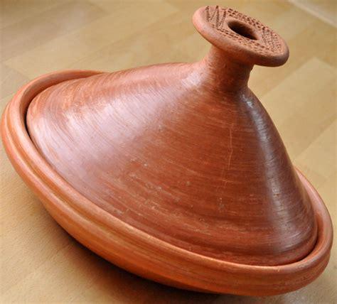 plat 224 tajine en terre cuite du maroc trendyyy com