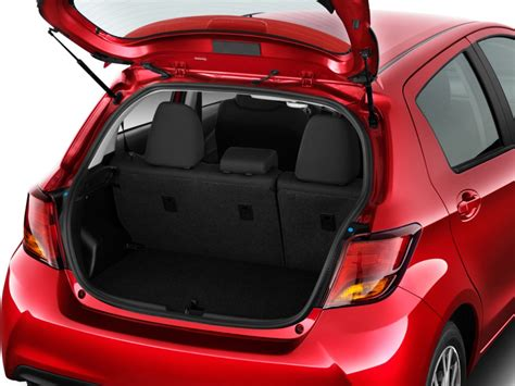 image  toyota yaris  door se manual natl trunk