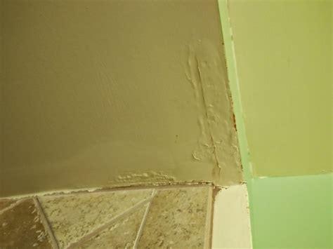 water leak bathroom floor water leaking from bathtub bathtub designs 24565