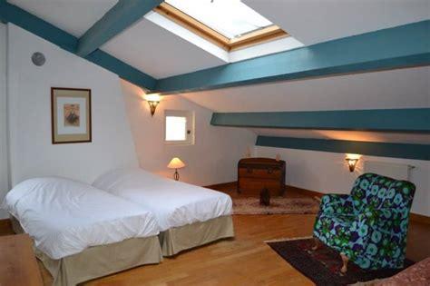 chambre d hotes dans la drome chambre d 39 hôtes avec salle d 39 eau privative pour 2 ou 3 personnes à mirmande dans la drôme