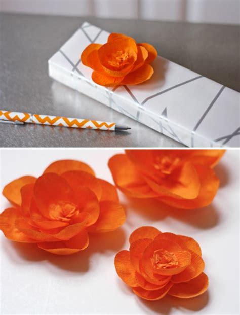idee deco papier crepon comment cr 233 er une fleur en papier cr 233 pon astuces et photos archzine fr