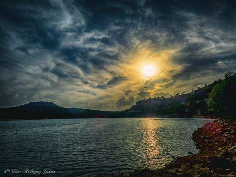 background pemandangan sunset  keren