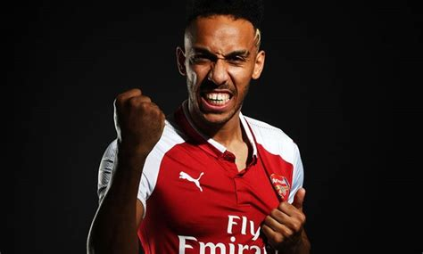 Arsenal sign Aubameyang in club record transfer - Egypt Today