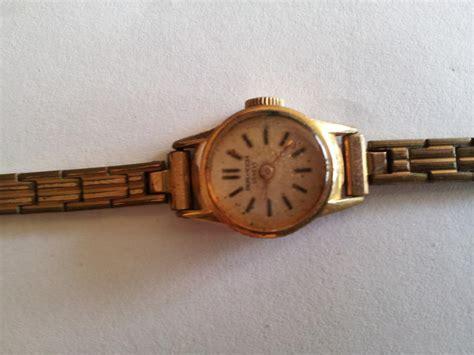 bureau de change geneve troc echange ancienne montre femme or 20microns sur