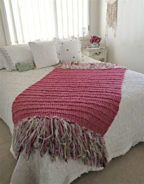 shabby chic blankets and throws top 28 shabby chic blankets and throws shabby chic throw bluebirds shabby chic blanket