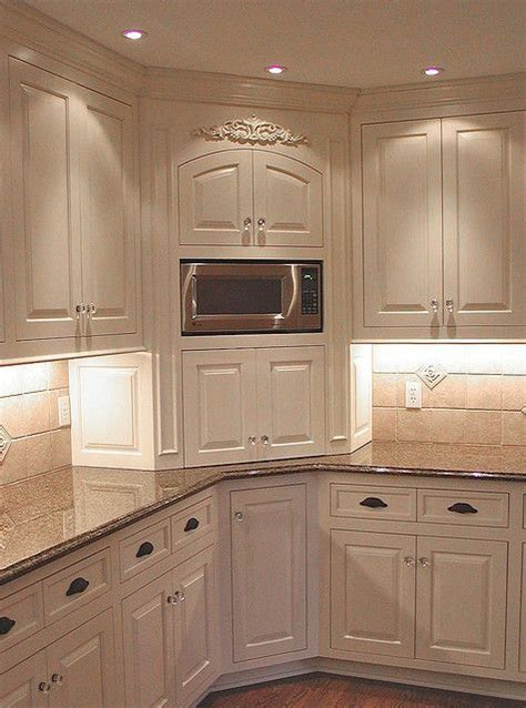 wood kitchen cabinets best 25 kitchen corner ideas on corner 1587