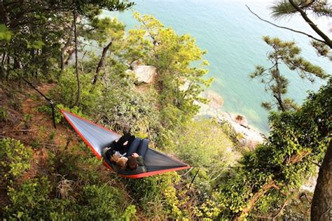 Eno Hammock Cing Tips by Eno Hammock Review Lightweight Comfortable Compact