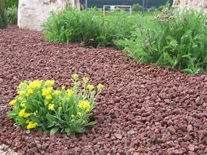 Copeaux De Bois En Vrac : paillage mineral decoratif ~ Dailycaller-alerts.com Idées de Décoration