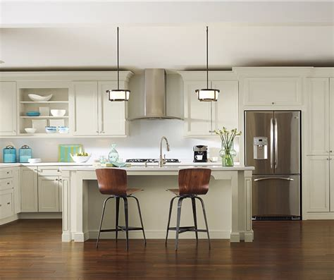 white kitchen cabinets diamond cabinetry