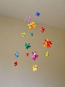 3d Sterne Aus Papier Basteln : baby mobile selber basteln aus papier ideen und anleitung ~ Lizthompson.info Haus und Dekorationen