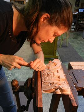 mary mays school  traditional woodcarving video