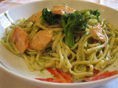 p 226 tes au saumon et brocoli l 233 g 232 res recettes l 233 g 232 res plat et recette