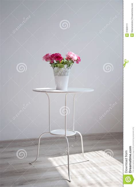 flowers   table stock image image