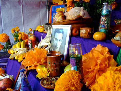 Day of the Dead altars honor family heritage Oakland North
