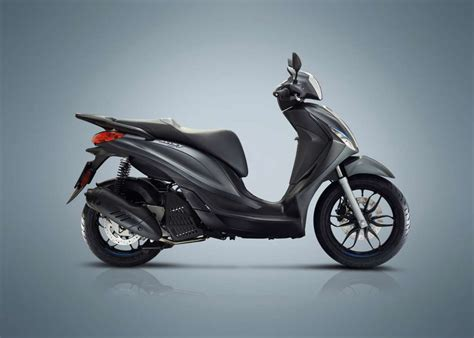 Review Piaggio Medley by 2018 Piaggio Medley 150 Review Total Motorcycle