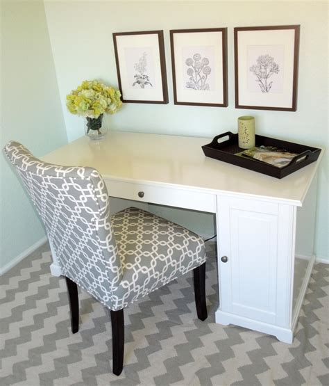 rug outfitters chair tj maxx find desk ikea vase