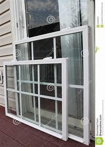 Html Neues Fenster : neues fenster panel stockfoto bild von geb ude ~ A.2002-acura-tl-radio.info Haus und Dekorationen