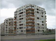 FileApartment building in Sofia, Bulgaria September 2005