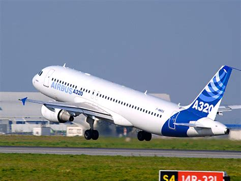 airbus si鑒e social francia tragedia aerea aereo cade a digne 148 morti the social post