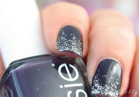 nageldesign selber machen kurze nägel glitzer nails nageldesign f 252 r weihachten mit glitzer n 228 gel