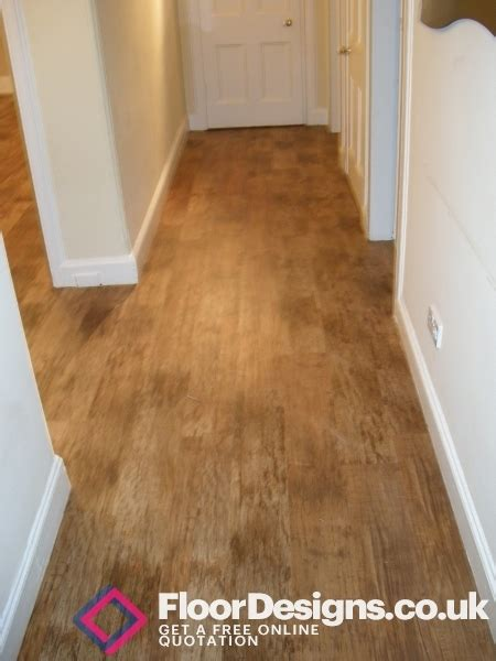 wood flooring for kitchen karndean flooring for a busy lifestyle 1573