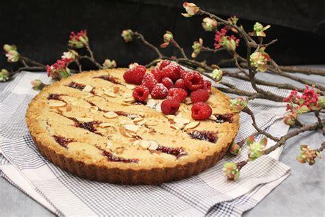 Raspberry Linzer Torte - Recipes Inspired by Mom