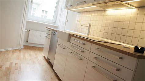 Zuerst Decke Oder Wand Streichen by Decke Streichen Streifen An Der Decke Wohnzimmer
