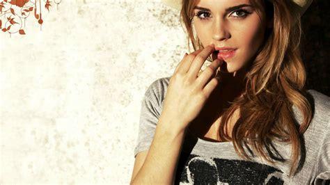 Emma Watson Magical Seduction Pretty Girl Pics